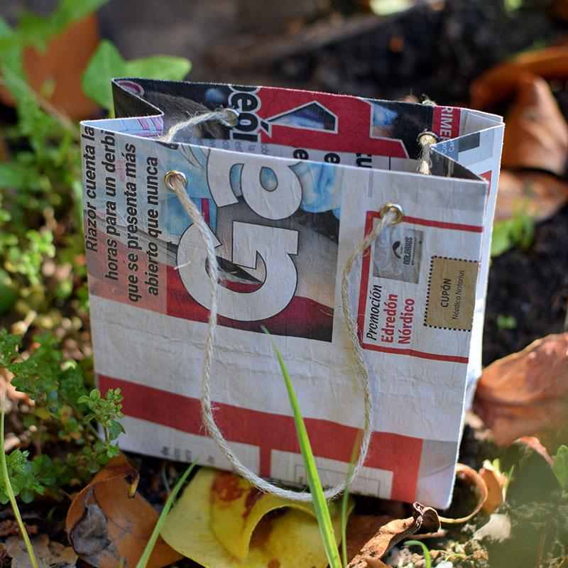 Bolsa papel periodico