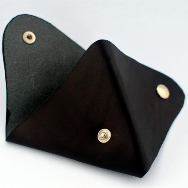 Monedero triángulo